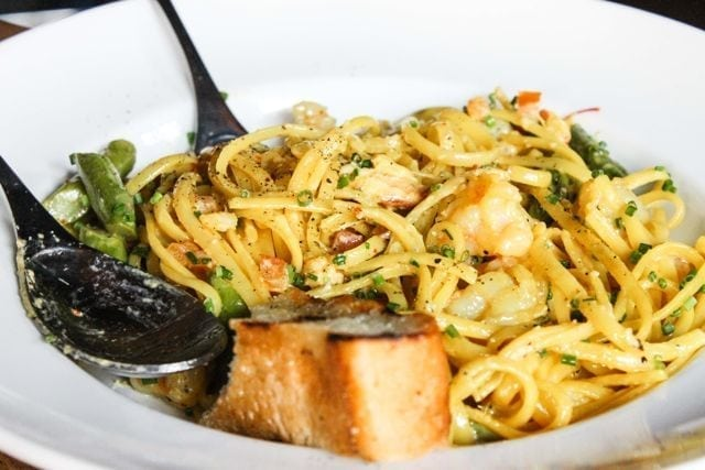 Earls Yaletown - crab and prawn linguine