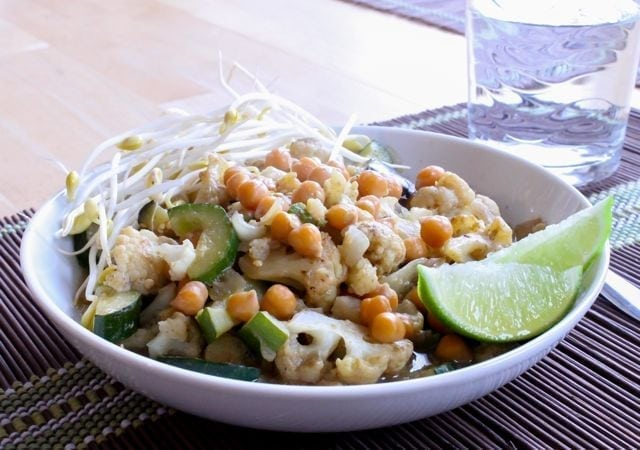 Thai Green Curry with Chickpeas -