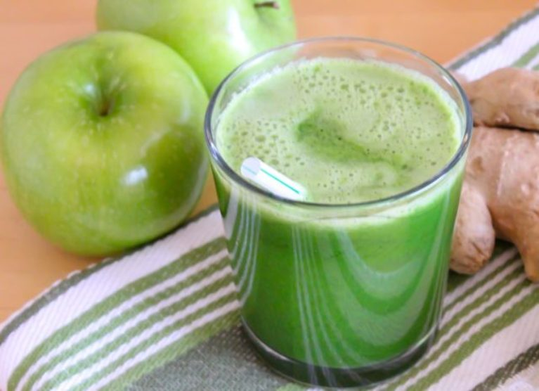 Lean Mean Green Apple Juice from Eat Spin Run Repeat
