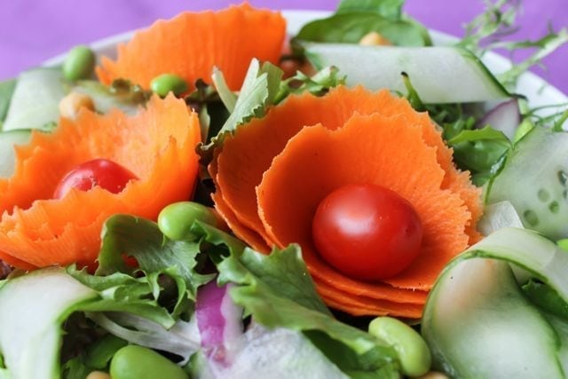 salad with flower carrots