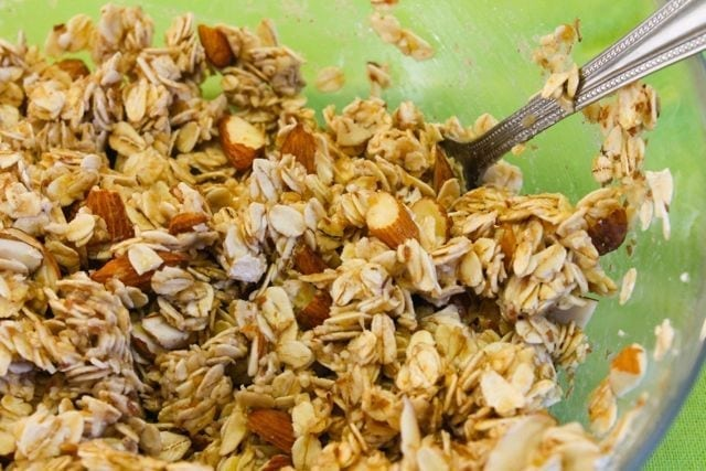 How to make healthy low-sugar Beach Granola