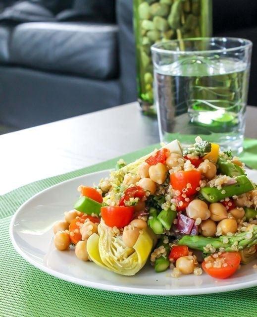 zesty pesto quinoa salad