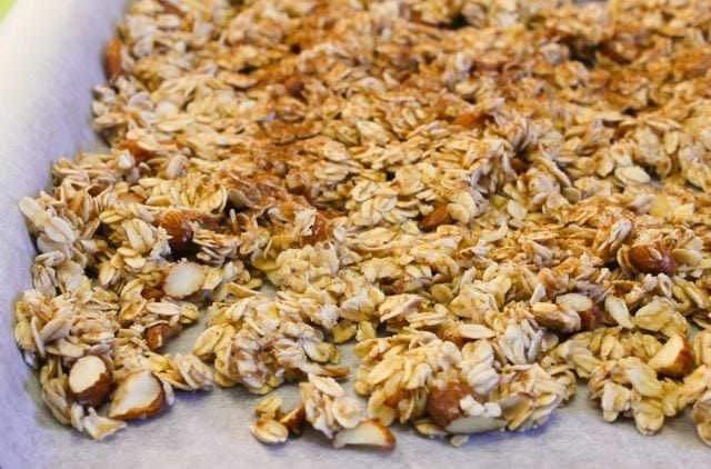 How to make healthy low-sugar Beach Granola