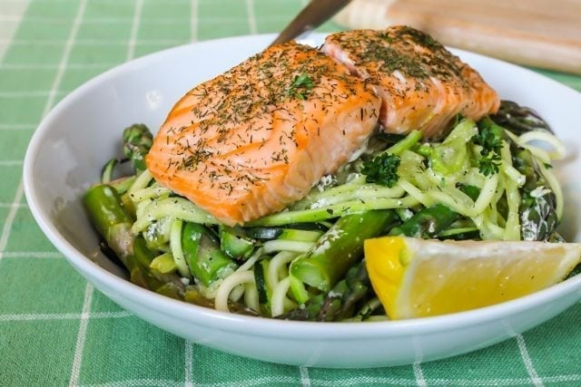 Baked Salmon with Creamy Lemon Dill Pasta 1
