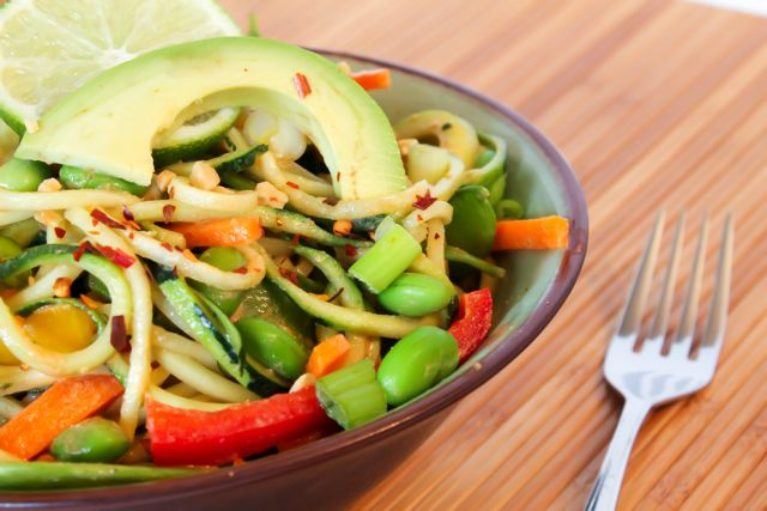 clean vegan raw pad thai
