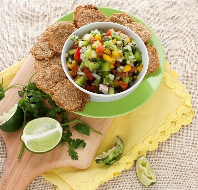 kiwi cilantro salsa with amaranth crackers