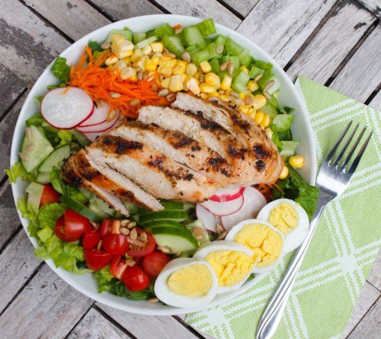 Farmers' Market Chopped Salad - Eat Spin Run Repeat
