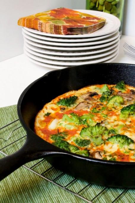 Leek Broccoli and Mushroom Frittata - Eat Spin Run Repeat