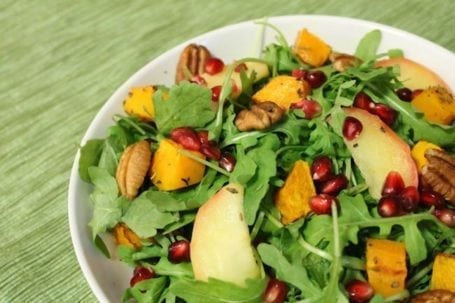 Holiday Salad with Apple Cider Cinnamon Vinaigrette - Eat Spin Run Repeat