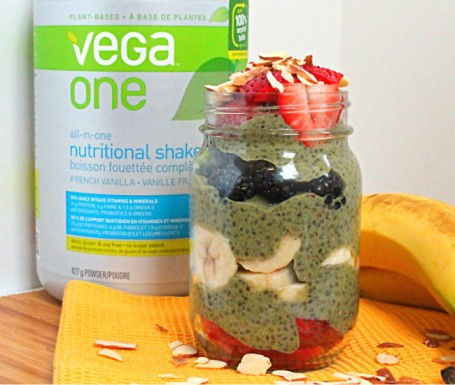 Vegan Berry Banana Chia Parfait - Eat Spin Run Repeat