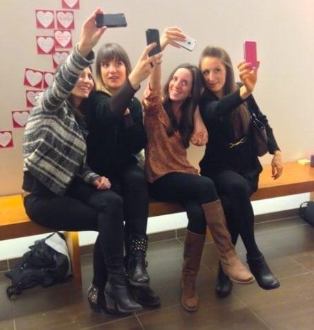 vega blogger selfies