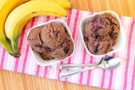 vegan dark chocolate cherry ice cream - eat spin run repeat 1