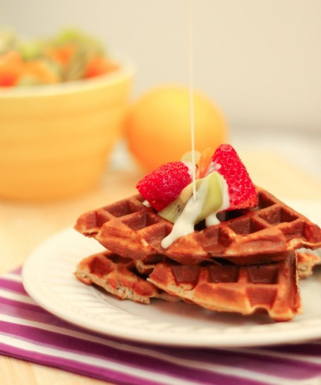 Lemon Poppy Seed Protein Waffles - Eat Spin Run Repeat