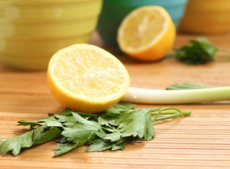parsley lemon and green onion