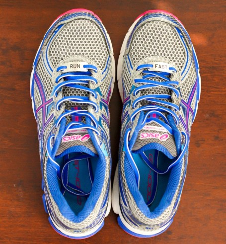 asics gt-1000 2 with momentum foot notes