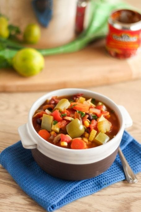 Smoky Chipotle 3-Bean Chili - Eat Spin Run Repeat