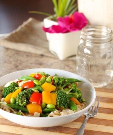 Edamame Stir Fry Noodle Bowls - Eat Spin Run Repeat