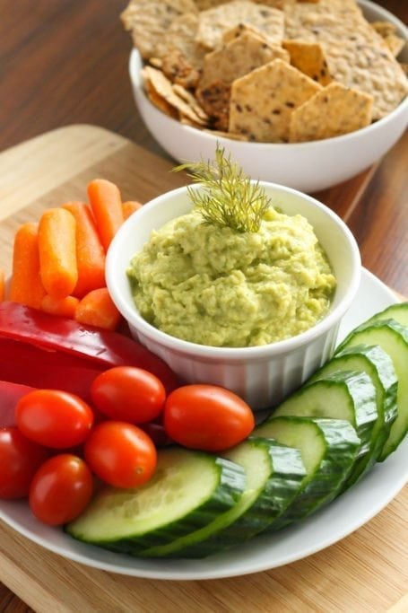 Cucumber Dill Hummus - Eat Spin Run Repeat