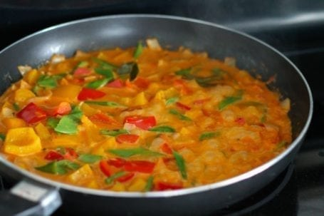 Thai Coconut Shrimp Curry - Eat Spin Run Repeat