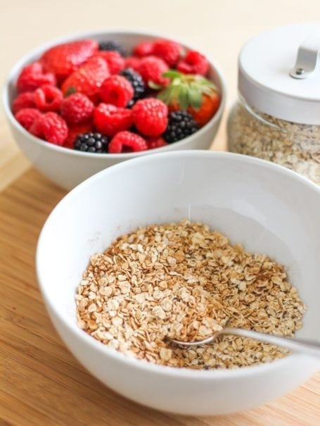 Love Grown Foods Super Oats and berries
