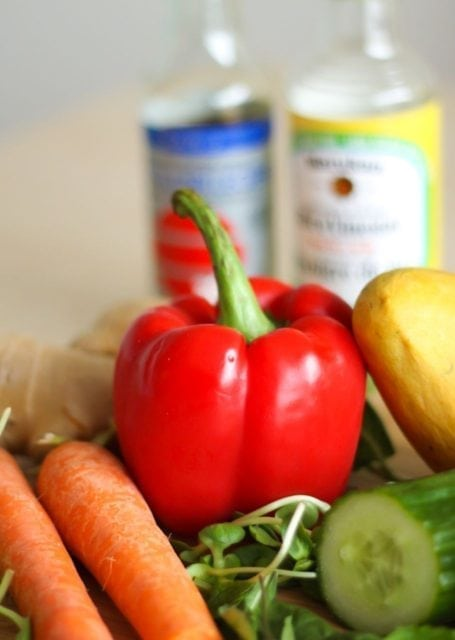 red bell pepper and carrots