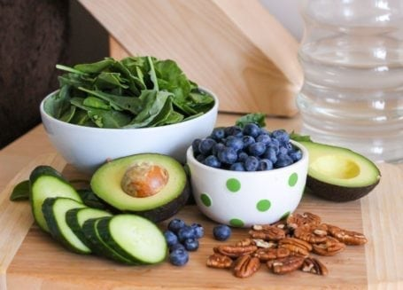 Blueberry and Baby Greens Salad with Mahi Mahi Ingredients