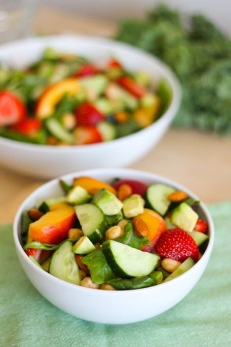 Peaches and Greens Salad - Eat Spin Run Repeat