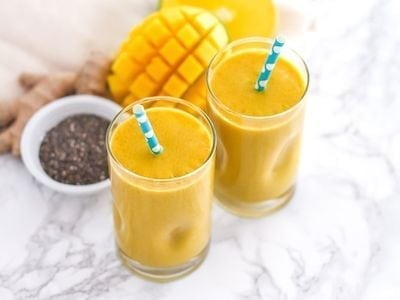 Golden Girl Turmeric Smoothie - Eat Spin Run Repeat