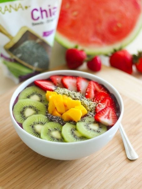 Rainbow Acai Smoothie Bowl - Eat Spin Run Repeat