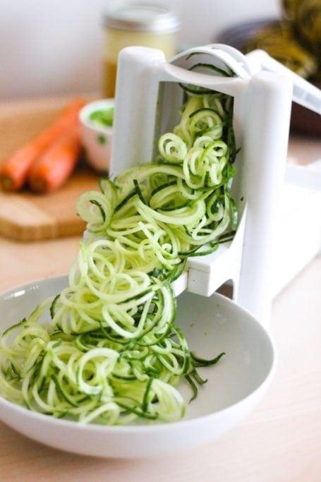 spiralized cucumber noodles