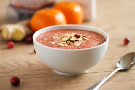 Mandarin Cranberry Smoothie Bowl - Eat Spin Run Repeat