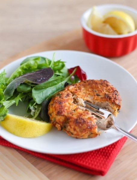 Clean Eating Lemon Herb Salmon Cakes | #glutenfree #antiinflammatory #eatclean | Angela Simpson, My Fresh Perspective