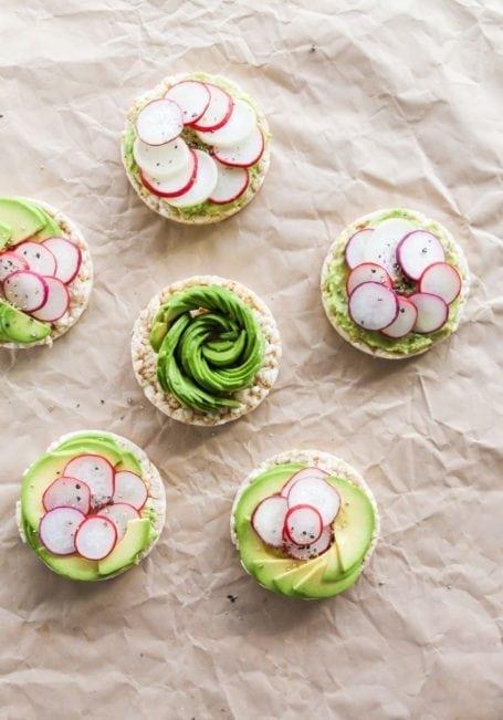 How to make an avocado rose - Avocado and Radish Rice Cakes - Eat Spin Run Repeat