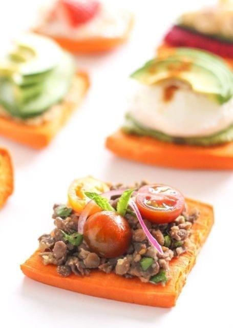 lentil tomato and onion sweet potato toast - eat spin run repeat