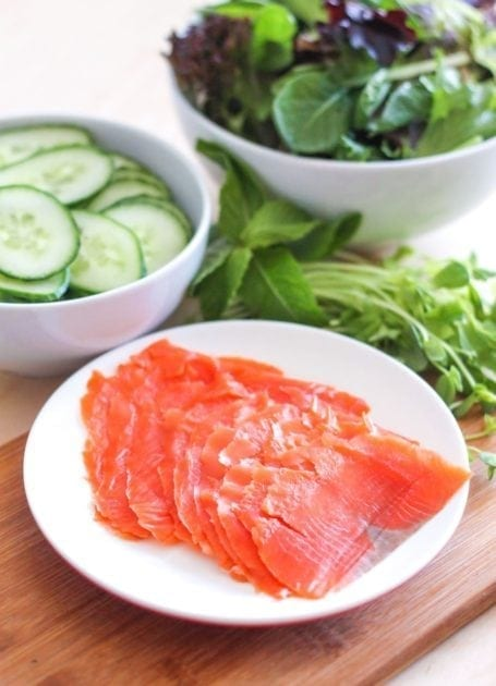 sliced smoked salmon