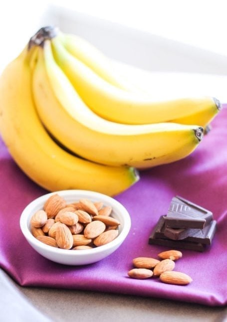 Need a healthy sweet treat for dessert? These 4 Vegan Banana 'Nice Cream' variations taste decadent but are actually super healthy. Enjoy an extra scoop! Recipes via Eat Spin Run Repeat // @eatspinrunrpt