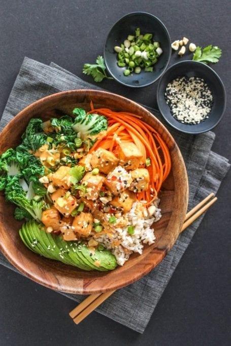 Thai Peanut Tofu Buddha Bowls - Eat Spin Run Repeat