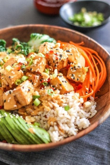 Thai Peanut Tofu Buddha Bowls - Eat Spin Run Repeat