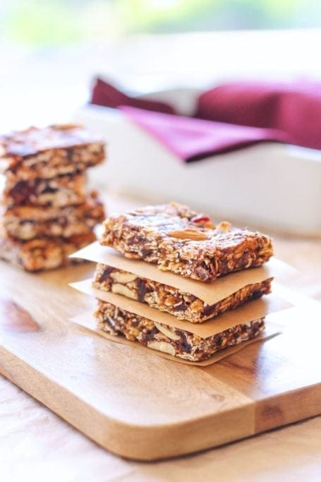Vegan No-Bake Chocolate Cranberry Almond Granola Bars - Eat Spin Run Repeat