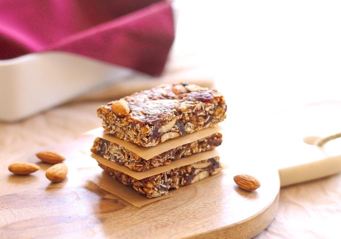 Vegan No-Bake Chocolate Cranberry Almond Granola Bars - Eat Spin Run Repeat