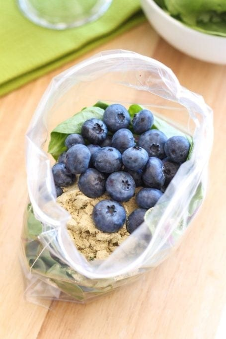 Blueberry Muffin Smoothie - Eat Spin Run Repeat