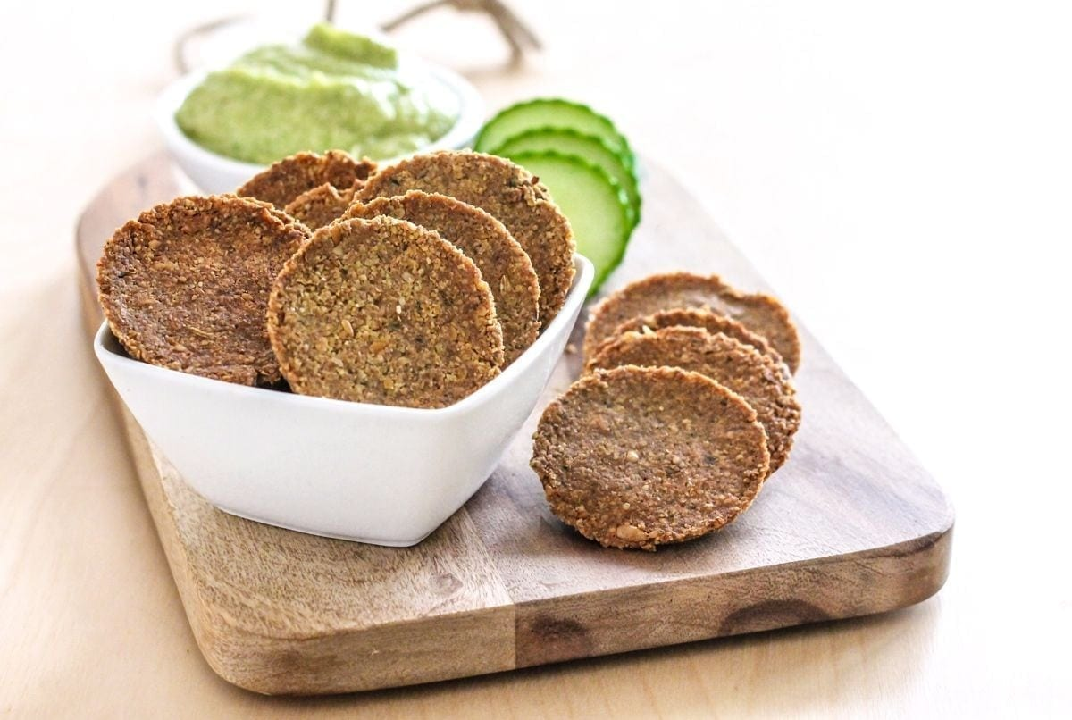 DIY Grain-Free Gluten-Free Crackers - Eat Spin Run Repeat