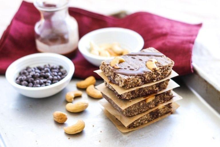 No-Bake Dark Chocolate Cashew Bars - Eat Spin Run Repeat