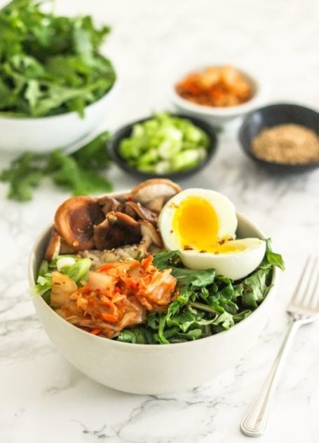 If you've been putting sweet toppings on your oatmeal, it's time to shake things up! Breathe new life into your mornings and try these Soft Boiled Egg Savoury Oats - they're high in protein, gluten-free, and a perfect way to replenish glycogen stores after a workout - via Eat Spin Run Repeat