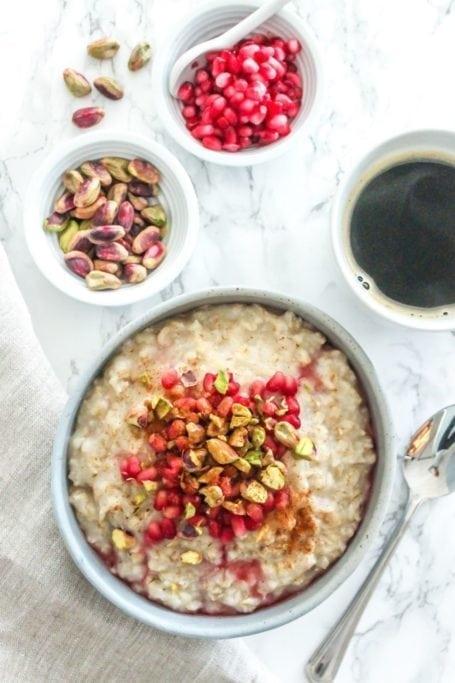 Pomegranate Pistachio Oatmeal - Eat Spin Run Repeat