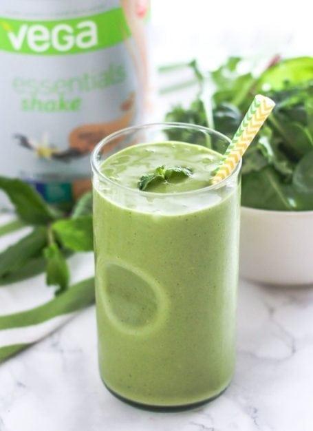 Shamrock Shake Green Smoothie - Eat Spin Run Repeat