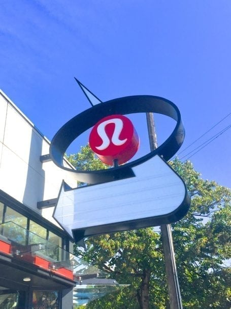 Coming to visit for the lululemon Seawheeze Half Marathon? Here's your Seawheezer's Guide to Vancouver 2017 - full of good places to eat, sweat, and have the best weekend ever! || Eat Spin Run Repeat