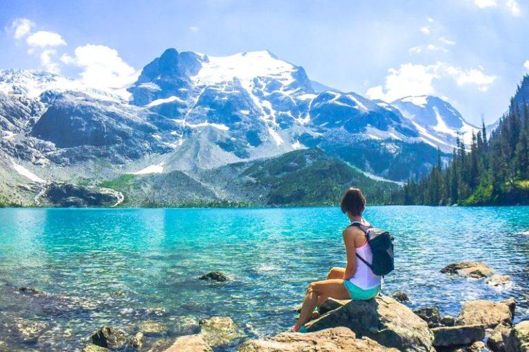 Hiking at Joffre Lakes Provincial Park - Eat Spin Run Repeat
