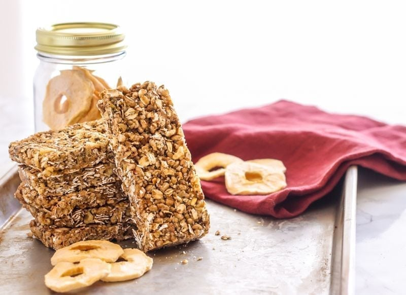 Gluten-Free Apple Pie Oatmeal Snack Bars