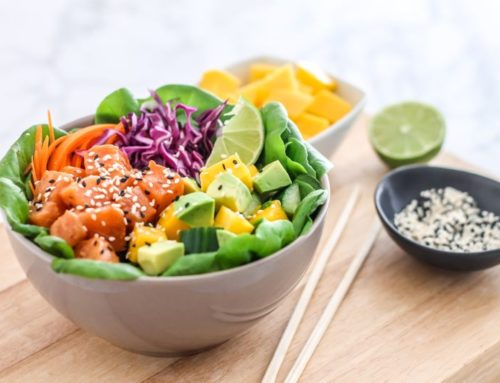 Salmon Poke Bowl with Spicy Sauce
